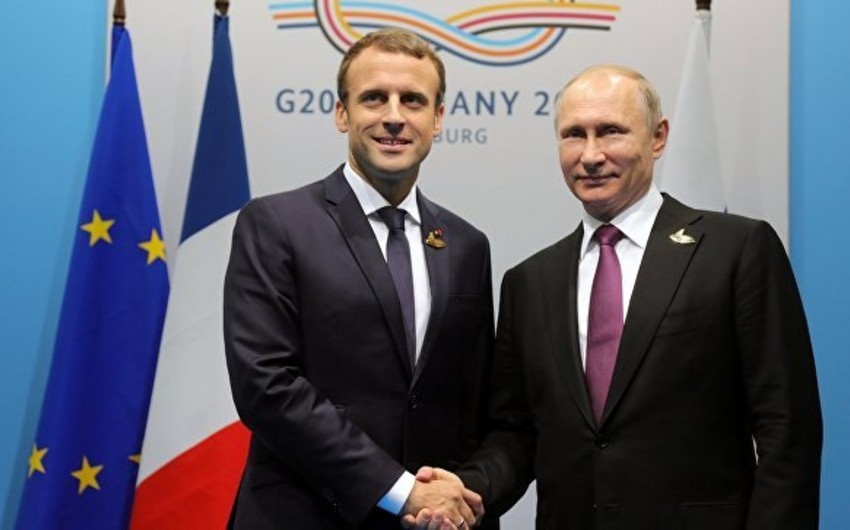 Fransa prezidentinin Rusiyaya rəsmi səfəri başlayır