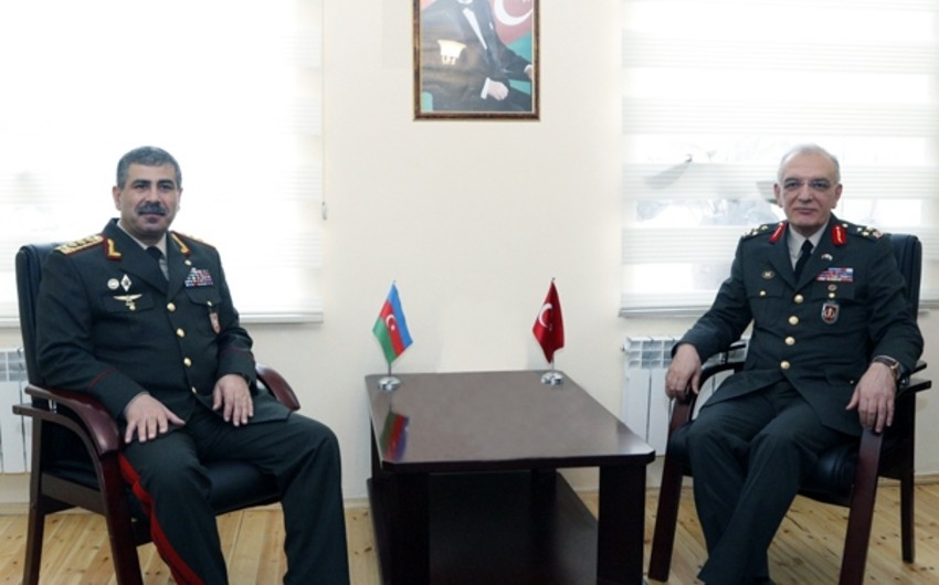 Zakir Həsənov Türkiyə Silahlı Qüvvələrinin tibb komandanı ilə görüşüb