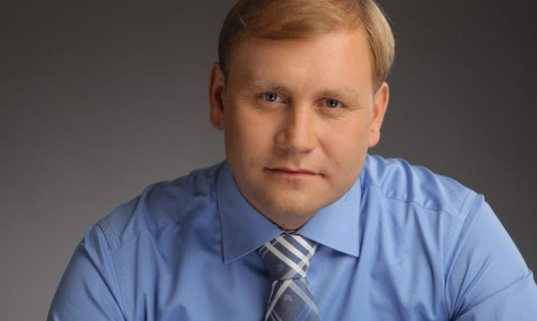Украинский депутат: Необходимо найти и наказать виновных в краже азербайджанских грузовиков