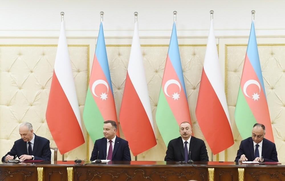 Подписаны азербайджано-польские документы