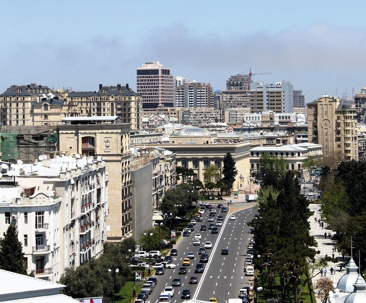Movement restricted on Neftcilar avenue of Baku