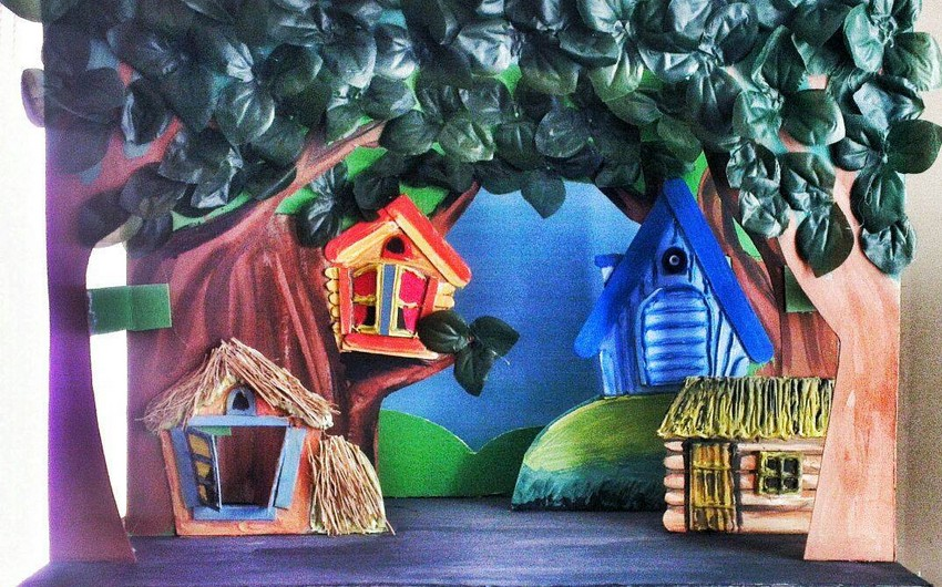 Puppet Theatre prepares 'The Cat's house' fairy tale play