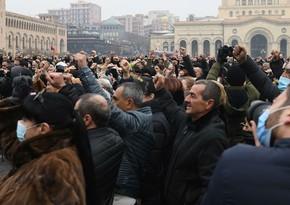 Yerevanda etirazçılar ilə polis arasında toqquşma olub