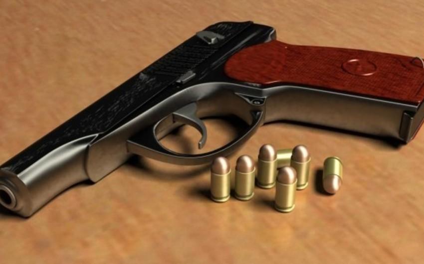 Polis qanunsuz saxlanılan silahları aşkar edərək götürüb