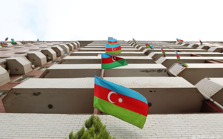 Пусть каждый вывесит флаг Азербайджана на своем балконе