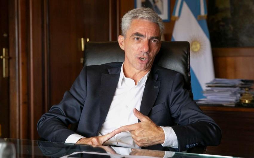 Argentinanın nəqliyyat naziri yol qəzasında həlak oldu