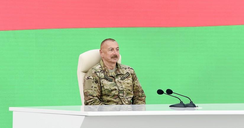 İlham Əliyev: Xalq Cəbhəsi-Müsavat hakimiyyəti Ermənistana benzin satırdı
