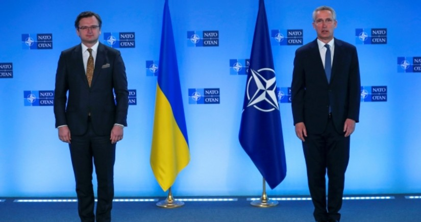 NATO Secretary-General: Russia must end military build-up in and around Ukraine