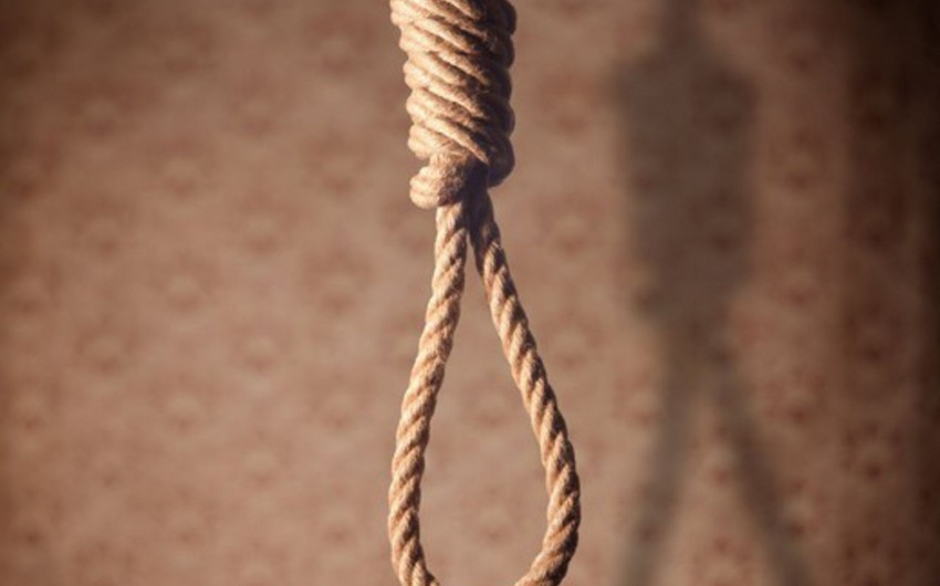 Bakıda 27 yaşlı qadın intihar edib