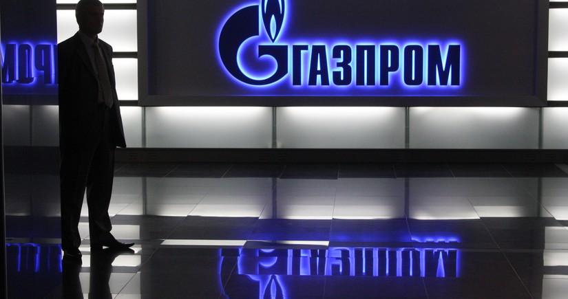 """""""Qazprom""""un qaz ixracından qazancı iki dəfə azalıb"""