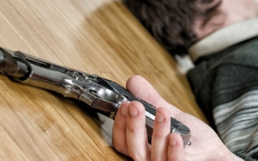 Bakıda 60 yaşlı kişi özünü güllələyərək intihar edib