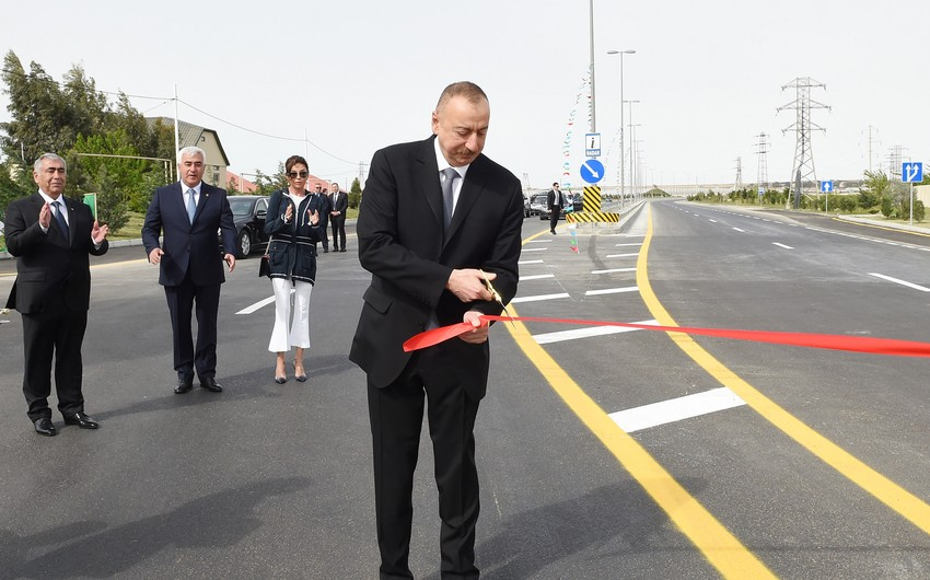 President Ilham Aliyev inaugurates a new bridge in Pirallahi settlement