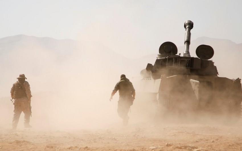 Suriyada yaraqlılar tanklarla hökumət qoşunlarına hücuma keçiblər