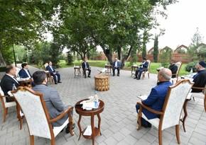 Помощник президента встретился в Гяндже с религиозными деятелями