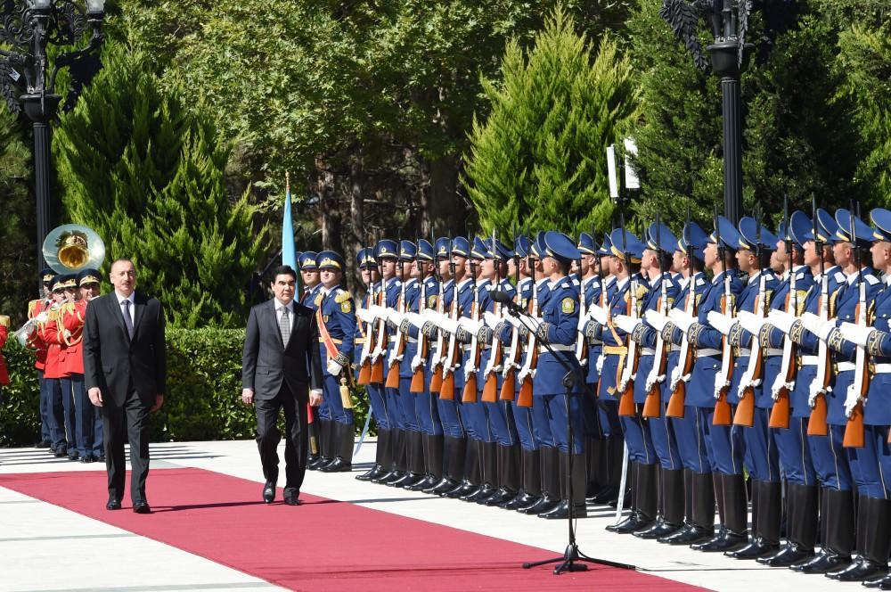Состоялась церемония официальной встречи президента Туркменистана Гурбангулы Бердымухамедова