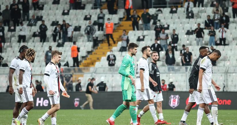 Beşiktaş aparıcı futbolçularını itirib