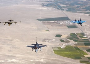 Азербайджанские и турецкие самолеты отразили атаку истребителей условного противника