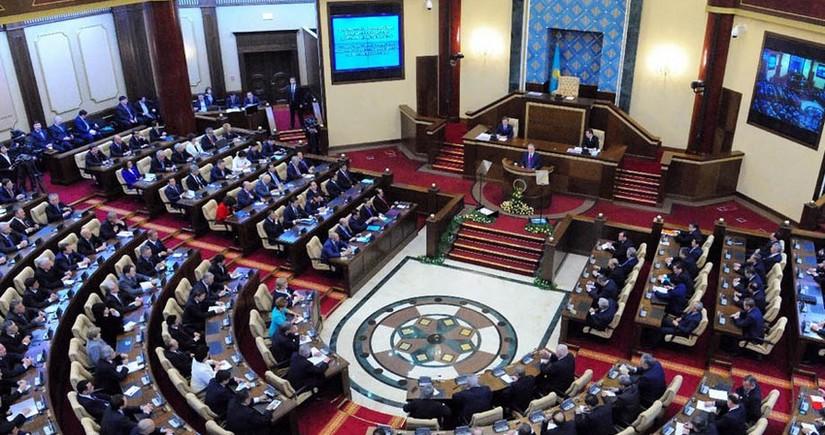 Парламент Казахстана ратифицировал протокол о защите Каспия от загрязнения