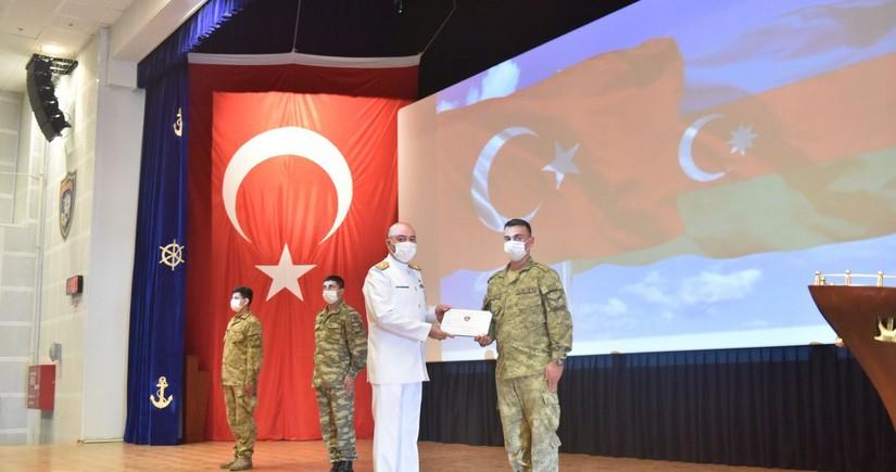 Азербайджанские военные моряки завершили курсы в Турции