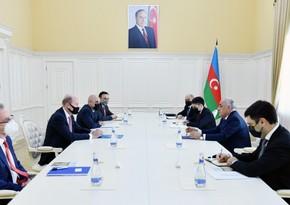 Əli Əsədov BP-nin regional prezidenti ilə görüşüb