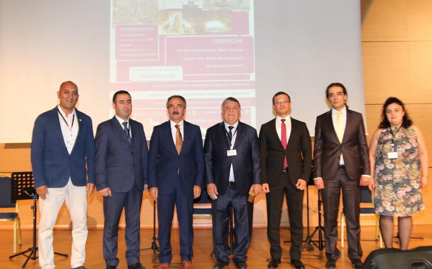 Türkiyədə Nəsimiyə həsr edilən beynəlxalq elmi simpozium keçirilir