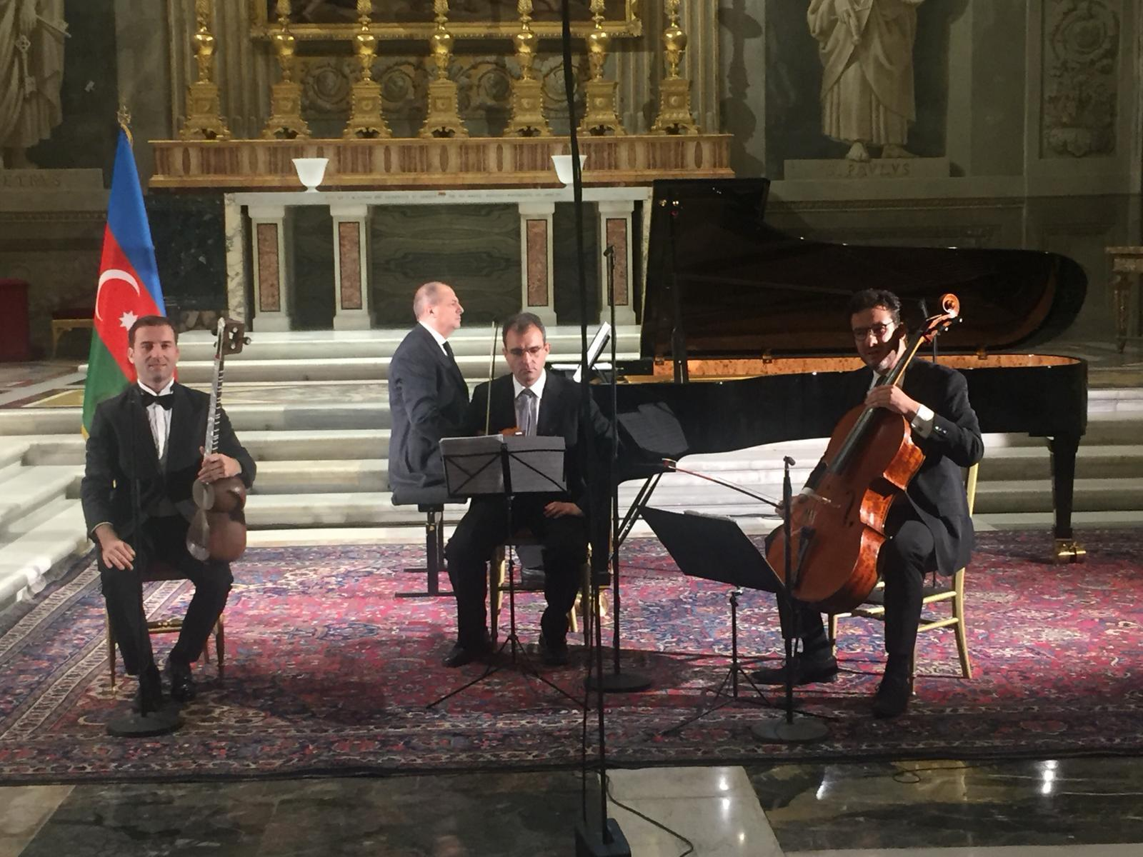 Concert of Azerbaijani music held at Italian President Palace
