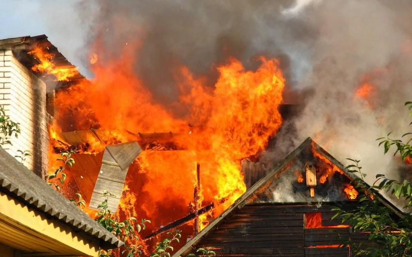 Bakıda bağ evi yanıb, ev sahibi ölüb