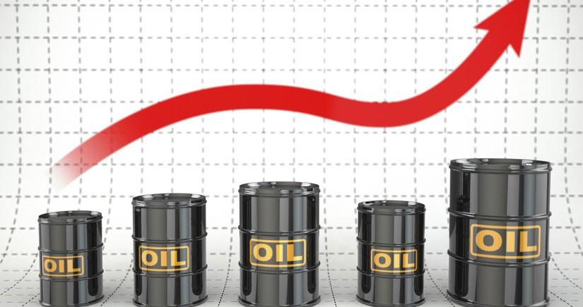 Цена азербайджанской нефти достигла 63 долларов