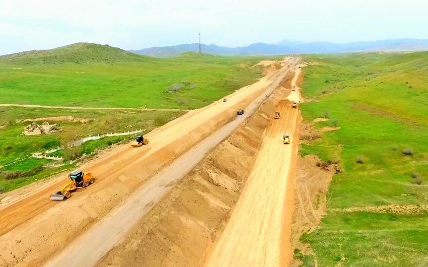 Hadrut-Cəbrayıl-Şükürbəyli avtomobil yolunun inşasına başlanılıb