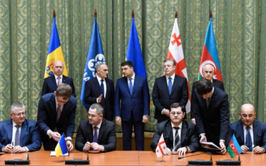 Kiyevdə GUAM hökumət başçılarının görüşünün yekununda iki sənəd imzalanıb