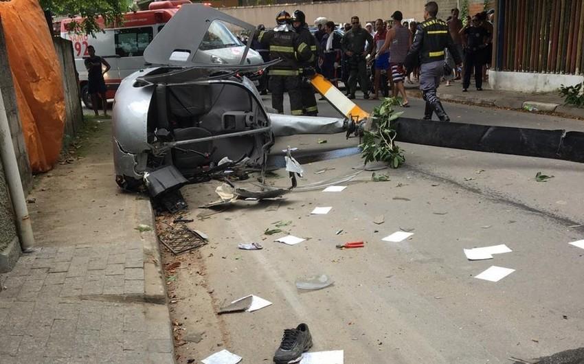 Braziliyada vertolyot küçəyə düşüb, ölən və yaralananlar var
