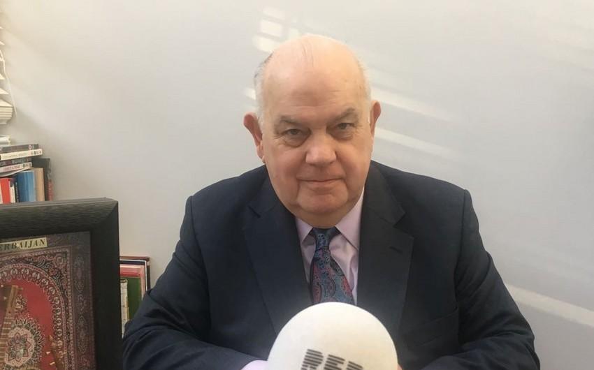 """Lord David Evans: """"Azərbaycanın inkişafı neftdən gələn gəlirlərin səmərəli istifadə olunduğunu göstərir"""" - MÜSAHİBƏ"""