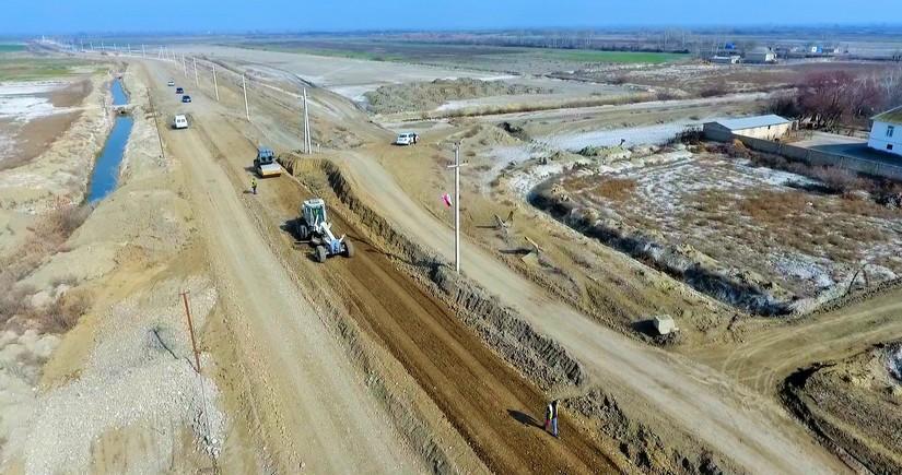 Azərbaycanın 5 rayonunda kənd yolları yenidən qurulur