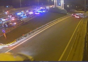 На дороге в аэропорт произошло ДТП, образовалась пробка