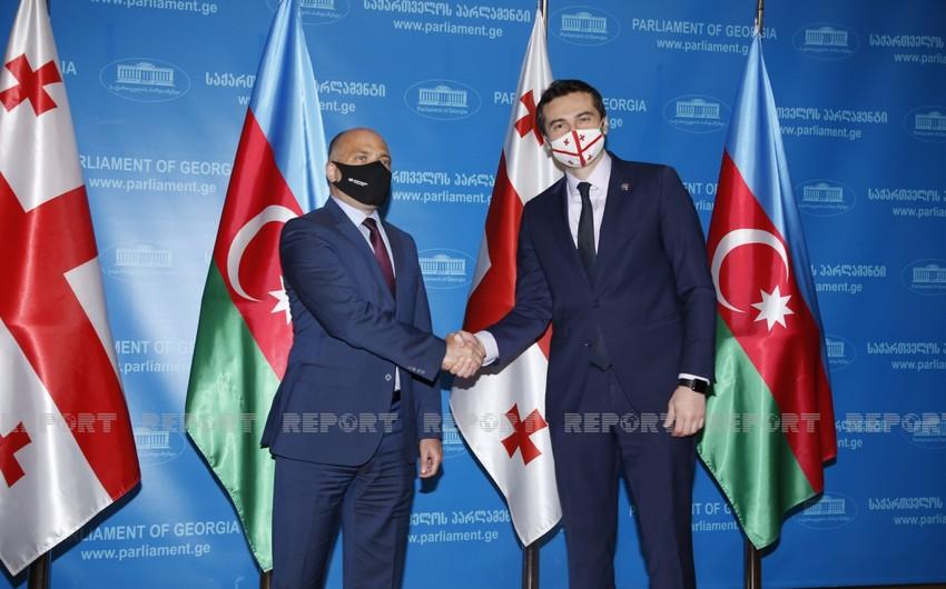 Anar KərimovGürcüstan parlamentinin sədri ilə görüşüb