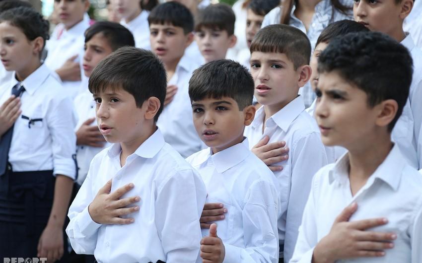 Valideynsiz uşaqların Bilik Günü - FOTOREPORTAJ