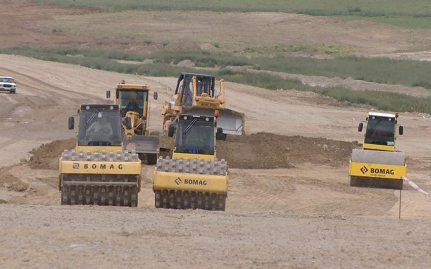 Şabran rayonunun Qalaaltı kəndinə yeni yol çəkilir