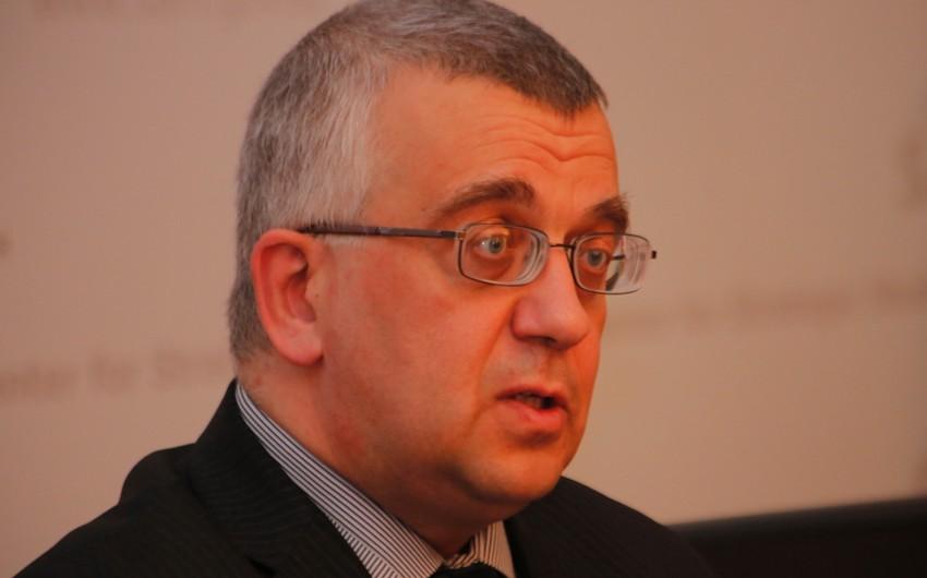 Историк: В случае раскола ЕС армяне могут предъявить претензии к Германии, потребовав компенсаций
