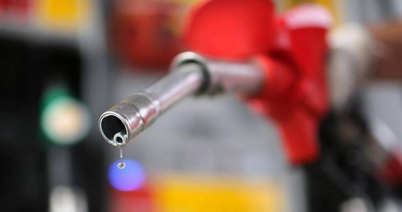 Britaniyada benzin satışına limit qoyulub