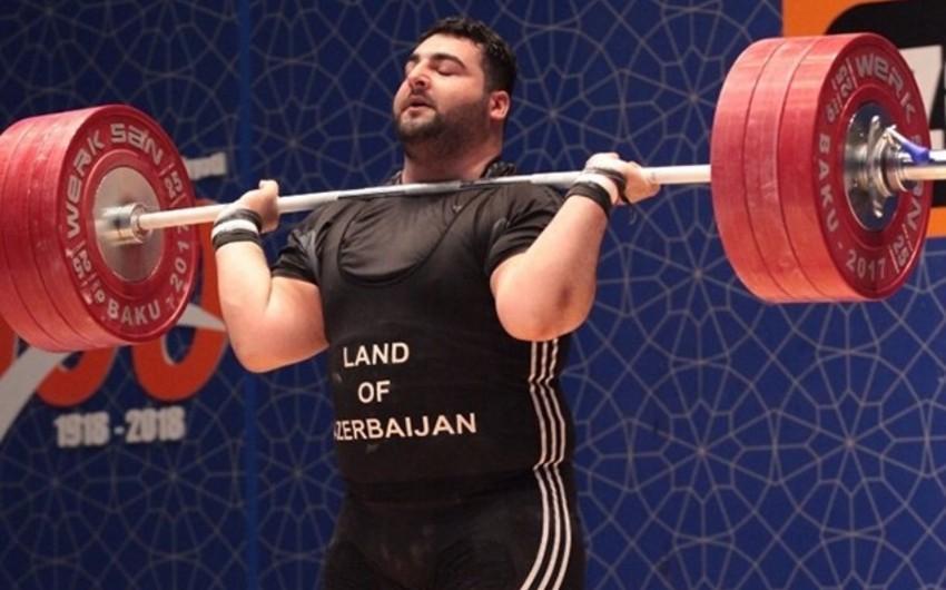 Azərbaycanın daha bir ağırlıqqaldıranı 4 illik diskvalifikasiya olunub