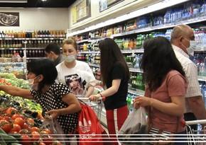 Alıcılar marketlərdə karantin qaydalarına necə riayət edir? - REPORTAJ