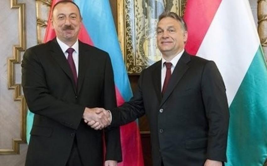 Azərbaycan prezidenti ilə Macarıstanın baş naziri arasında geniş tərkibdə görüş keçirilib