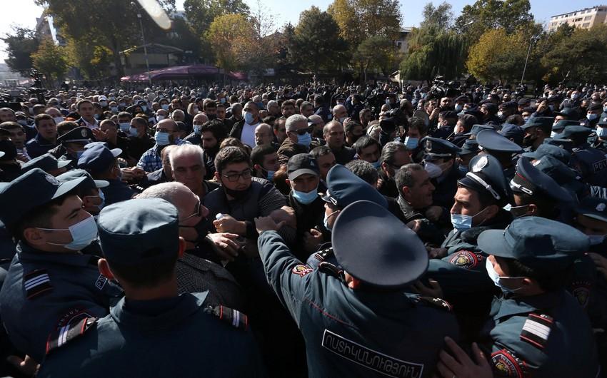Sabah Yerevandakı mitinqə respondentlərin 90 faizi qatılmayacağını bildirib