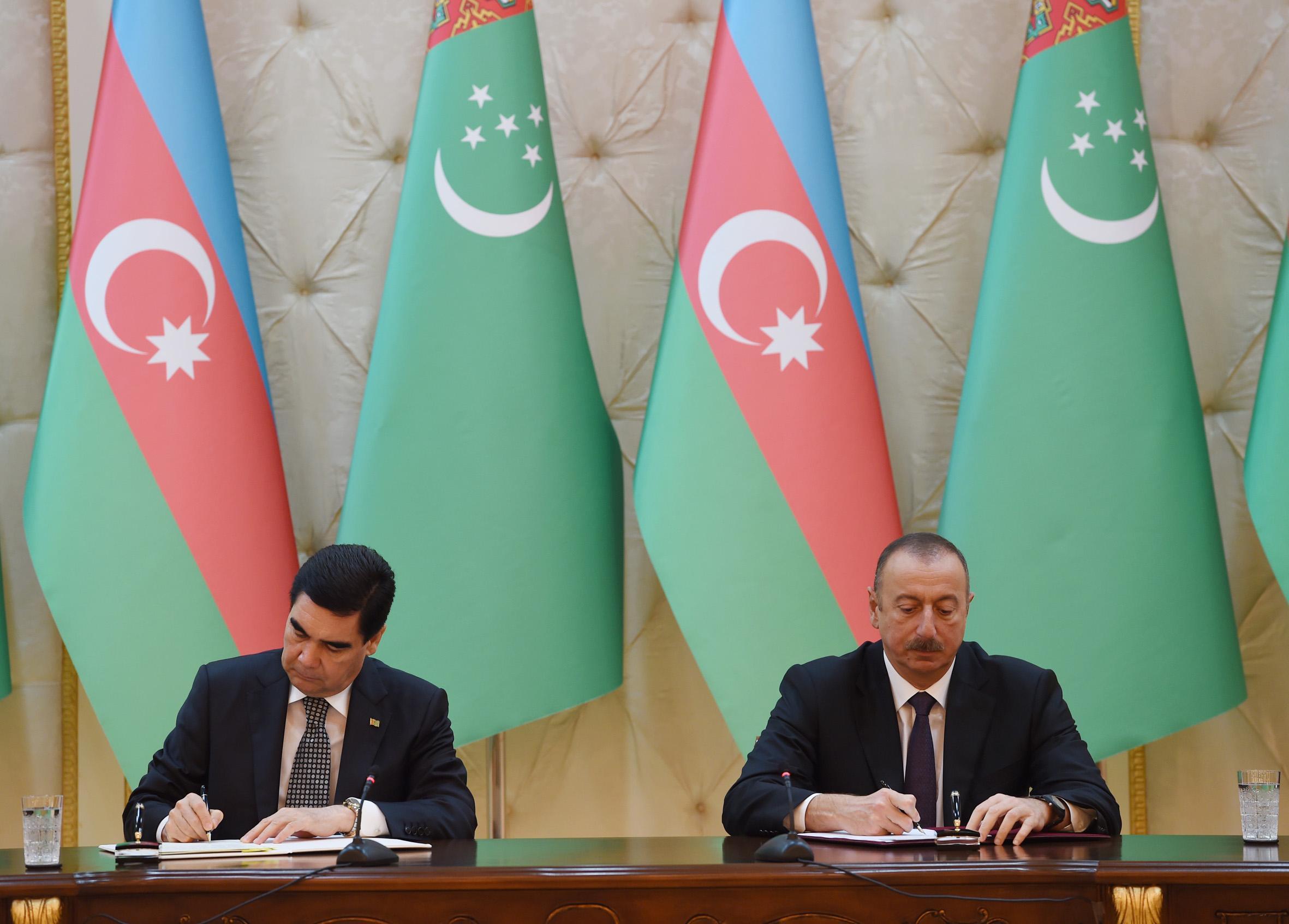 Подписаны азербайджано-туркменские документы - ДОПОЛНЕНО