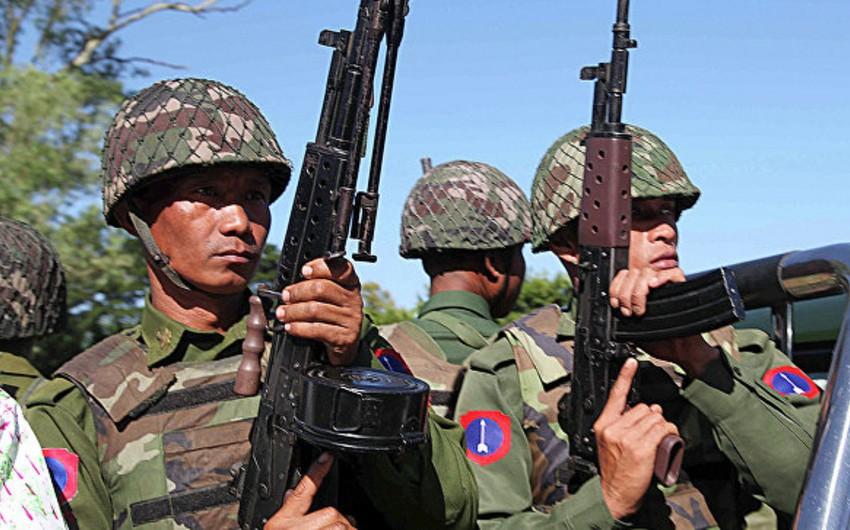 Myanma ordusu: Hökumət qüvvələri ilə müsəlmanların qarşıdurmasında 400-ə yaxın insan ölüb
