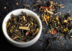 Ученые выяснили, что чай может убивать COVID-19 в слюне
