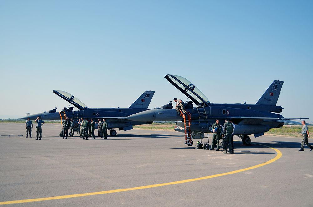 F-16 fighters of Turkish Air Force arrive in Azerbaijan - VIDEO