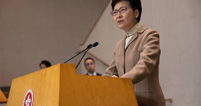 США вводят санкции против главы администрации Гонконга