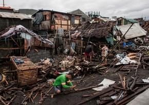 Число жертв тайфуна Консонна Филиппинах достигло 17 человек
