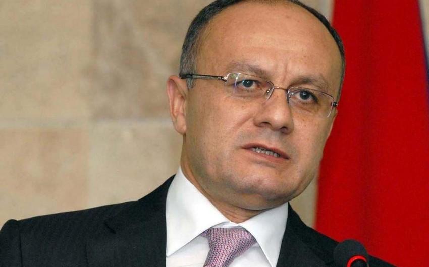 Ermənistanın keçmiş müdafiə nazirinin kadrları təmizlənir